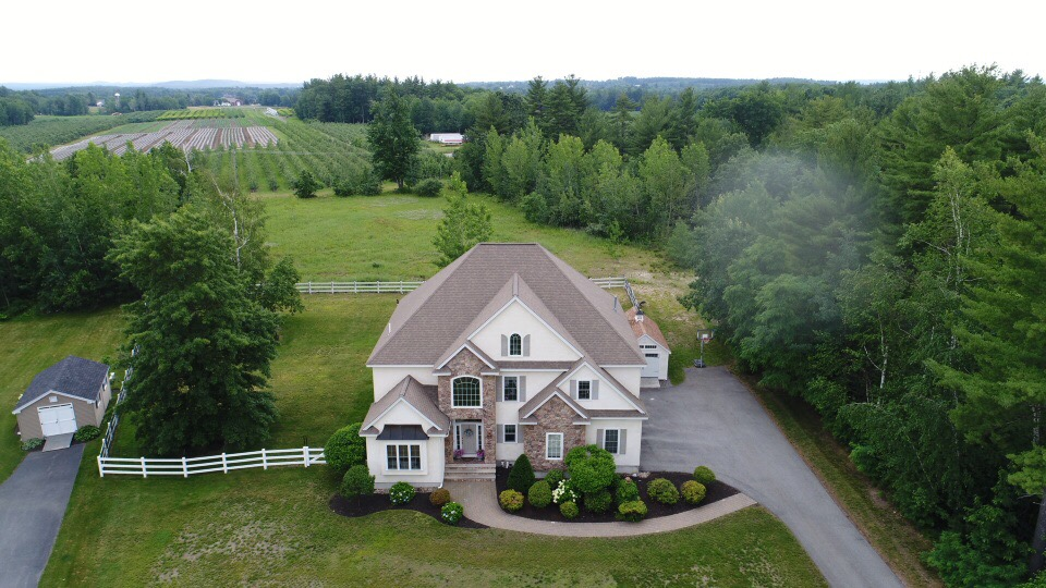 75 Long Hill Rd Hollis NH