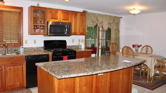 38 Westview Rd, Brookline NH 03033